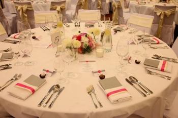 Svadobný stôl pre hostí