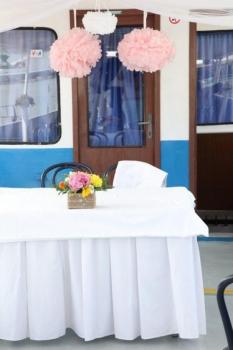 Svadobna vyzdoba obradu na lodi